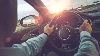 highway-car-driving-PUENTYV-